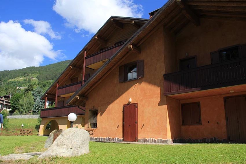 Residence Al Maniero - Ponte di Legno